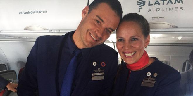 Tripulantes casados por el Papa cuentan su emocionante experiencia